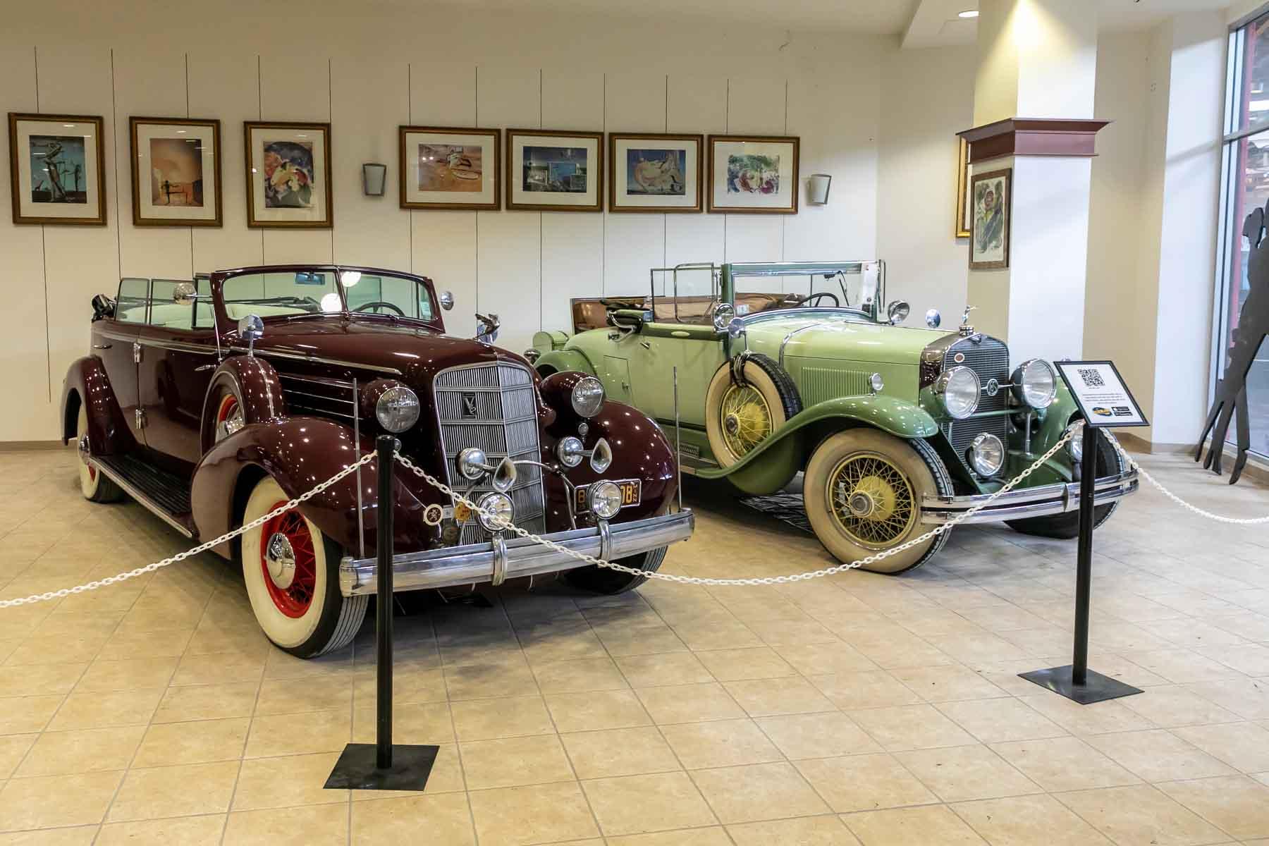 Dezerland Classic Car Museum Orlando Florida